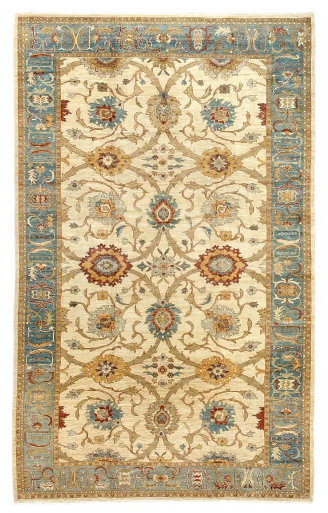 Fine Persian Mahal Carpet at Essie Carpets, Mayfair London