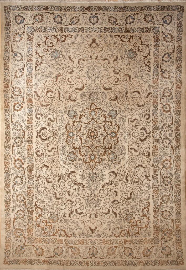 Persian Kashan Wool Carpet - Central Medallion