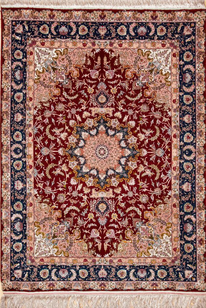 Persian Tabriz Medallion Rug - Silk and Wool