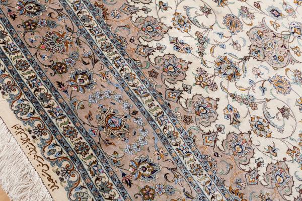 Fine Signed Persian Kashan Carpet - Medallion Design - Pure Silk