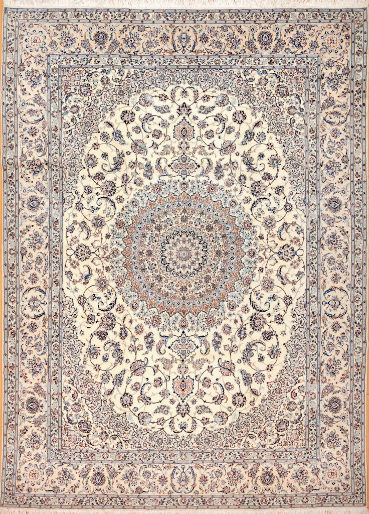 Persian Nain Carpet – Silk and Wool – Central Medallion