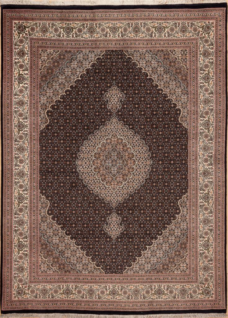 Persian Tabriz Medallion Rug - Silk and Wool Approx 2.5x1.5m (8x6ft)