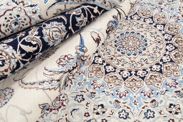 Very Fine Persian Nain Signed Silk and Wool Central Medallion Carpet Approx 3.5x2.5m (12x9ft)